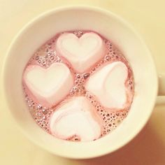 Love heart marshmallows with hot chocolate! Pastel Cupcakes, Tout Rose, Tumblr Quality, Just Girly Things, Girly Stuff, Pink Stuff, Pink Things, Lonely Heart, Ideas