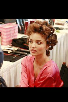 Picture of Miranda Kerr Victoria Secret Fashion Show, Miranda Kerr, Beautiful People, Hair Makeup, Hair Color, Leather Jacket, Hair Styles, Women, Hair Ideas