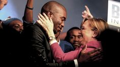 Coalitions may collapse over Zille.  In better times: Newly elected DA leader Mmusi Maimane with Helen Zille at the party's federal conference in May 2015. (Muntu Vilakazi/City Press/Gallo)