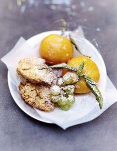 Nous avons revisité les treize desserts provençaux, qui devraient faire un malheur sur votre table de Noël. http://www.elle.fr/Noel/Cuisine/Dossiers-Noel/Les-treize-desserts-provencaux-revisites
