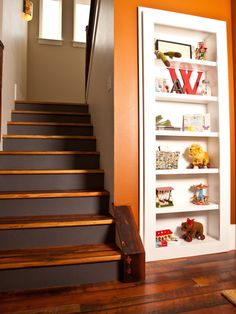 """Hidden door! I love how there's like a closet on the other side of this built-in-shelves door"" from www.houzz.com"