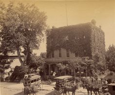 #ThrowbackThursday check out this commercial house. I don't have  date - anyone want to guess when this was taken?