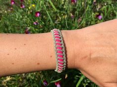 Tutorial for Sami bracelets by Maria Wallin on notonlyquilts.com.