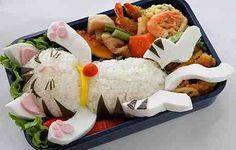 So cute! Someday, I'll make a bento box. I can't say it will be this cute though! (or complicated)