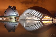 Santiago Calatrava - Around the Beautiful Valencian Trio