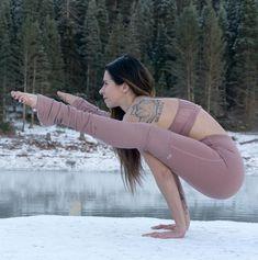 The Alo Yoga High-Waist Goddess Legging is fit for a goddess. Yoga Fitness, Physical Fitness, Vinyasa Yoga, Yoga Inspiration, Yoga Sequences, Yoga Poses, Legging Sport, Fit Girl, Yoga Positions