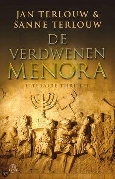 46/53 Jan Terlouw en Sanne Terlouw - De verdwenen menora - 2013 Prachtige historische thriller! Zeker als je -net als ik- graag leest over Jodendom....