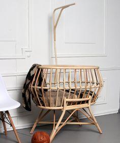 NINI Handmade woven rattan bamboo boho baby crib cradle basket with base hanger mobile Rattan, Baby Bamboo, Bamboo Basket, Baby Chair, Moses Basket, Home Trends, Boho Baby, Baby Cribs, Warm Colors