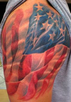 American flag tattoo designs are a great way to represent America and freedom. Browse dozens of American-themed tattoo designs and learn the meanings of these American flag tattoos. Patriotische Tattoos, Best 3d Tattoos, Body Art Tattoos, Tatoos, Wife Tattoos, Mens Tattoos, Turtle Tattoos, Tribal Tattoos, Usa Tattoo