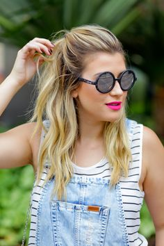 Look do dia: macacão jeans + blusa listrada — Niina Secrets