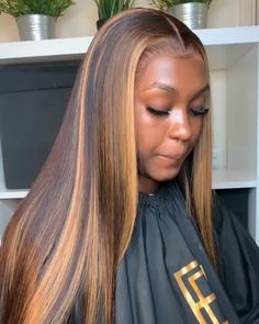 Custom Virgin Human Hair Lace Front Wigs Straight Brown With Blonde Highlights in Front - Cabello Rubio Cabelo Ombre Hair, Curly Hair Styles, Natural Hair Styles, Birthday Hair, 16th Birthday, Birthday Dresses, Baddie Hairstyles, Hairstyles Videos, Frontal Hairstyles