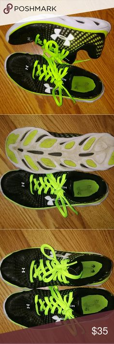 Under Armour X Spine Athletic Shoes Used but in Great Condition Very comfortable Under Armour Shoes Sneakers