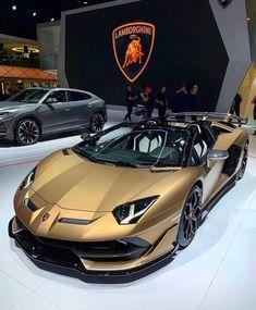 What do you think about this Lamborghini Aventador SVJ Roadster? 📸via: Dreaming Cars Lamborghini Gallardo, Lamborghini Logo, Ferrari, Mclaren Mercedes, Mercedes Benz, Luxury Sports Cars, Exotic Sports Cars, Best Luxury Cars, Sport Cars