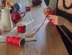 5 consejos para sacudirse el miedo y lanzarse a crear Glass Bottle Crafts, Glass Bottles, Bff Gifts, Leather Craft, Diy Tutorial, Fall Decor, Crochet, Diy And Crafts, Projects To Try