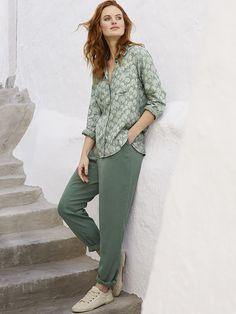 http://www.whitestuff.com/womens/trousers-leggings/basil-green-jasmine-trouser/