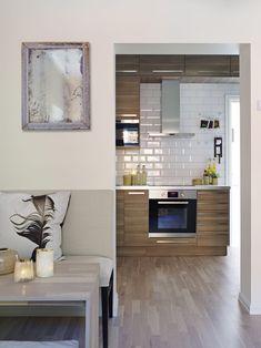 Slik innreder du smart på 47 kvadrat Boho Deco, Ikea, Casa Real, Cuisines Design, Home Decor Inspiration, Kitchen Design, Kitchen Cabinets, Interior, Table