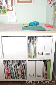 sewing room organization tips - great ideas for keeping your quilting room organized! Magazine Organization, Sewing Room Organization, Organization Hacks, Sewing Spaces, Sewing Rooms, Quilting Room, Quilting Tips, Sewing Studio, Staying Organized