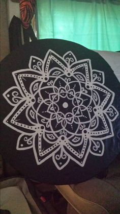 Hand painted spare tire covers made to by kateskraftsandgifts