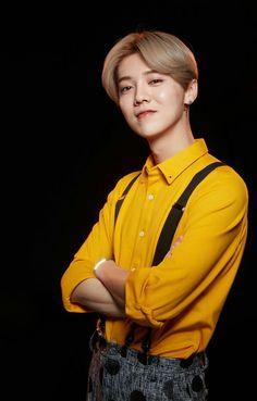 Luhan on Running Man China Chanyeol, Kyungsoo, Kim Jongdae, Exo Ot12, Xiu Min, Kris Wu, Chinese Boy, Yixing, Pop Group