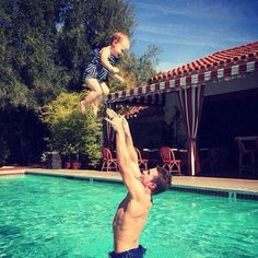 Stephen Amell and his baby girl Mavi- oh, my ovaries...