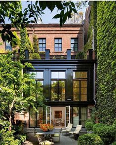 "19.2 mil curtidas, 97 comentários - A Designer's Mind (@adesignersmind) no Instagram: ""New York dreaming... . Image via: @christiandawdesign #architecture #homedesign #lifestyle #style…"""