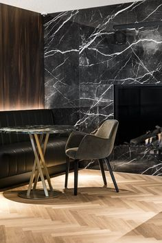 Marble Inspirations Luxury Design Porusstudio Be Inspired By Outstanding Marble Furniture Porus Studio Is A Contemporary Luxury Furniture Brand That Blends Portuguese Craftsmanship And Outstanding Materials Different Aesthetics And Lifestyles Marble Ideas Marble Furniture, Furniture Design, Marble House, Marble Wall, Marble Interior, Luxury Furniture Brands, Interior Decorating, Interior Design, Black Marble