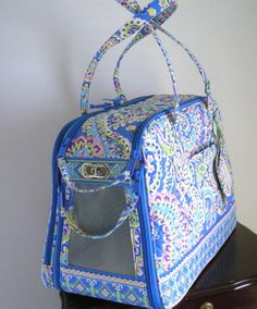 I wish my dog fit in this Vera Bradley pet carrier. Dog Purse, Dog Bag, Dog Sling, Mini Dogs, Vera Bradley, Teacup Puppies, Dog Items, Dog Carrier, Pet Carriers