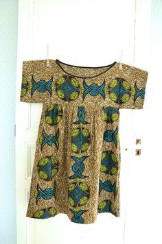 Robe Toutopif by La Baronne =) - Mode Lig T Dress, Blouse Dress, Pantalon Thai, Couture Sewing, Young Fashion, Historical Clothing, Blouse Styles, Japanese Outfits, Covet Fashion