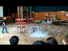 Experimento con nitrógeno líquido, explosión!