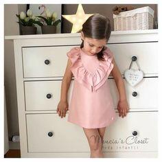 Moda niñas Baby Girl Fashion, Toddler Fashion, Kids Fashion, Little Dresses, Little Girl Dresses, Toddler Dress, Baby Dress, Moda Kids, Outfits Niños