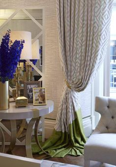 Helen Green Design is a comprehensive design studio synonymous with the creation of beautifully crafted multi-layered luxury interiors. Curtains And Draperies, Long Curtains, Curtain Styles, Curtain Designs, Helen Green, Custom Drapes, Window Styles, Top Interior Designers, Window Coverings