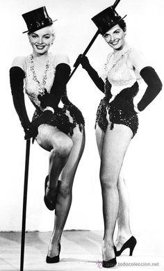 FOTO DE MARILYN MONROE Y JANE RUSSELL MEDIDAS 20 X 30 APROXIMADAMENTE
