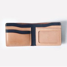 This is a beautiful made simple and stylish handcrafted mans wallet. The wallet is made from vegetable tanned leather. This wallet is a combination color between indigo blue ( We have custom options, over 10 colors of leather ) and natural tan vegetable t Leather Fashion, Leather Men, Mens Fashion, Leather Wallet Pattern, Brown Leather Backpack, Vegetable Tanned Leather, Leather Purses, Leather Wallets, Leather Accessories