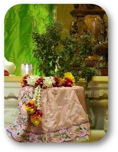 Daily Darshan (14-07-13) Sri Tulasi Devi @ISKCONNVCC, Pune