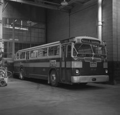 Salmon's print inscribed on vso: TTC BUS #1713 EX WEST YORK BUS #470 PARKDALE GARAGE / JULY 24 '55 1949 Twin.|1955 Jul 24
