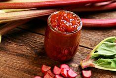Recette: Confiture de fraises et rhubarbes. Ketchup, Moscow Mule Mugs, Preserves, Vegetables, Tableware, Desserts, Food, Gastronomia, Home