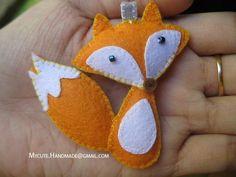 Simple Felt Christmas Crafts and Pics of Felt Crafts Supplies. Felt Crafts Patterns, Fabric Crafts, Sewing Crafts, Sewing Projects, Craft Projects, Felt Fox, Wool Felt, Fox Crafts, Arts And Crafts