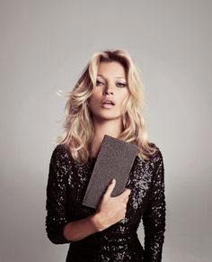 British supermodel Kate Moss (IMG) is the face of Spanish high street retailer MANGO for Fall/Winter 2012 campaign. Photographed by Inez Van Lamsweerde and Glam Rock, Party Fashion, Fashion Shoot, Editorial Fashion, Fashion 2017, Trendy Fashion, Fashion Models, Style Fashion, Fashion Beauty