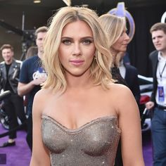 """Scarlett during the world premiere of """"Avengers : Endgame"""" in Scarlett Johansson, Beautiful Celebrities, Beautiful Actresses, Female Celebrities, Gorgeous Women, Hollywood Actresses, Actors & Actresses, Black Widow Scarlett, Star Wars"""
