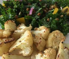 Kale Lentil Salad with Roasted Cauliflower from Picky Diet #vegan #veganrecipe #kalesalad