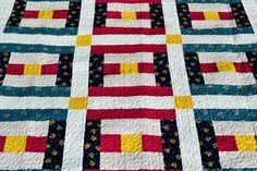 Patriotic Courthouse Steps Quilt Block | FaveQuilts.com