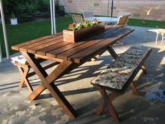 picnic table with X bottom instead of A frame. Cute cushion