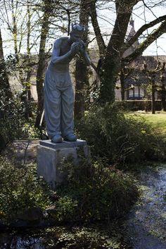 Statue in the La Creuzette garden