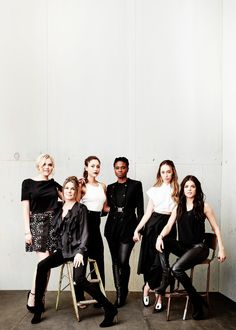 Alycia Debnam Carey, Eliza Taylor, Lindsey Morgan, Marie Avgeropoulos, Paige Turco, Adina Porter 2016 Winter TCA Tour Portraits. SO MUCH PRETTY!
