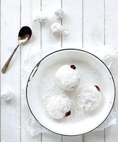 Blueberry jelly doughnuts recipe {PHOTO: Joe Kim}
