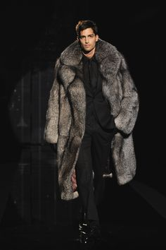 Appealing looks in winter by sporting men's fur coats mens fur coats fur coats for men coat trends nepein tcsifzf Fur Fashion, Winter Fashion, Mens Fashion, Fashion Trends, Style Fashion, Petite Fashion, Milan Fashion, Fashion Bloggers, Winter Fur Coats