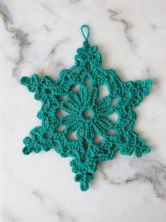 Little Things Blogged: 6 SNOWFLAKE PATTERNS TO CROCHET