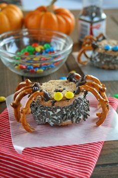 Spooky Spider Ice Cream Sandwiches