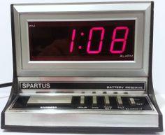 Vintage Spartus Alarm Clock Large Display Red LED Chrome Bezel Woodgrain Retro