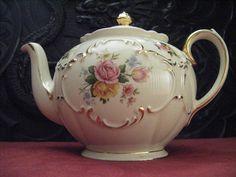 Vintage Tea Pots from Vintage Tea Sets by Vintage Tea Sets (aka ClaraBows), via Flickr